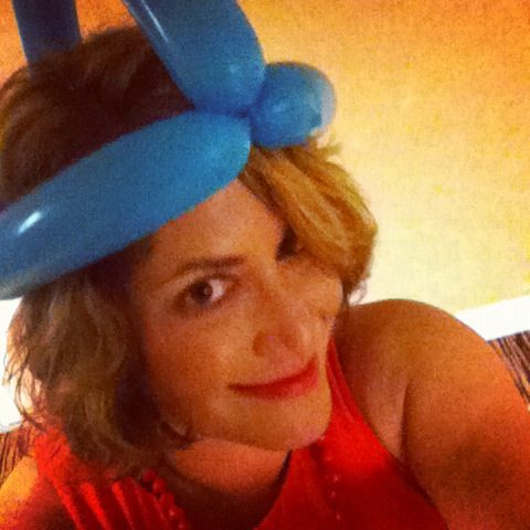 Mimi's lobster queen balloon hat crown